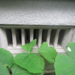 熊本市中央区でのネズミ駆除 床下換気口 塞ぎ施工
